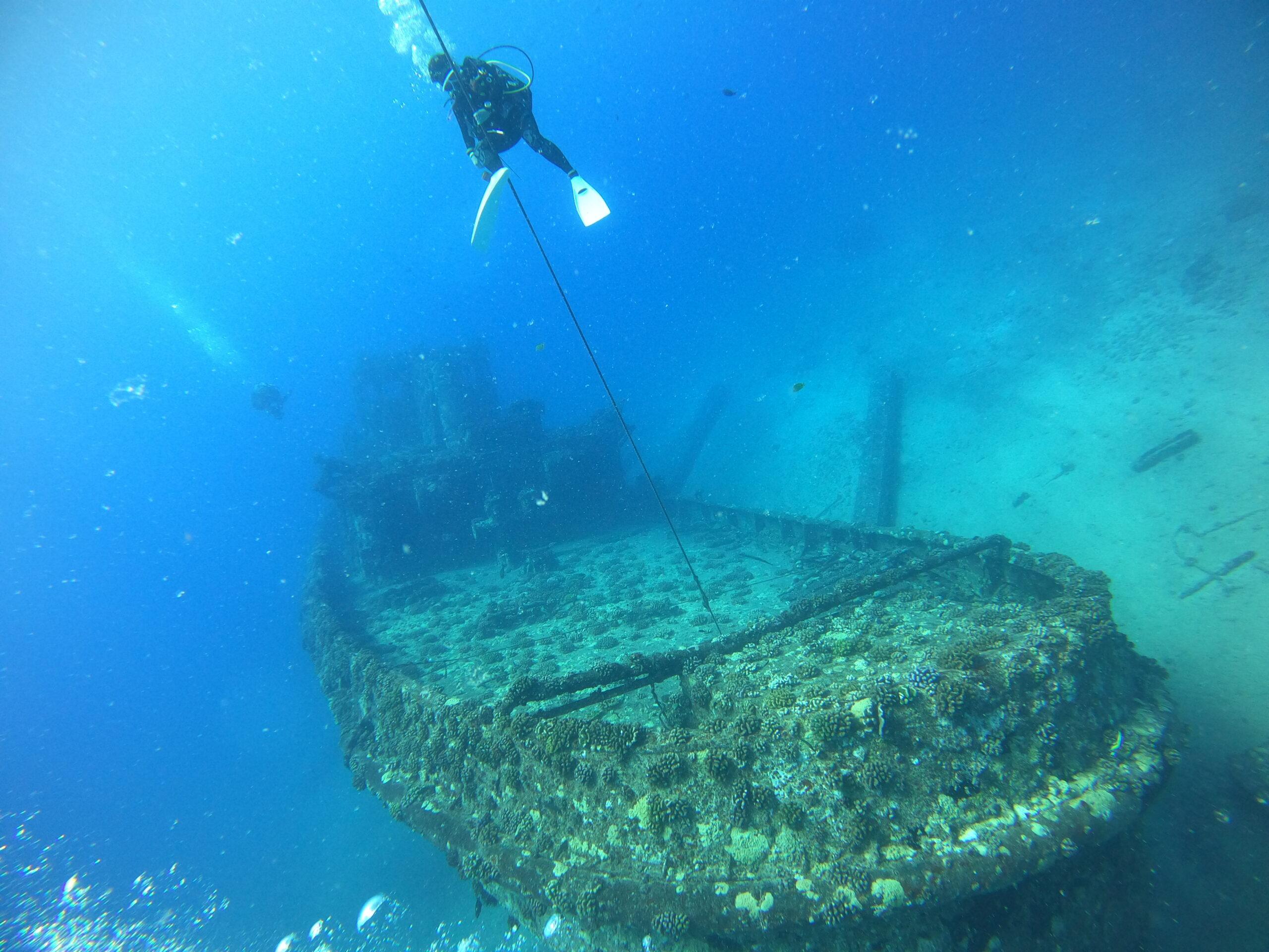 7月18日 クラブ活動 〜 パールハーバー沖でリーフ&沈船ダイビング!